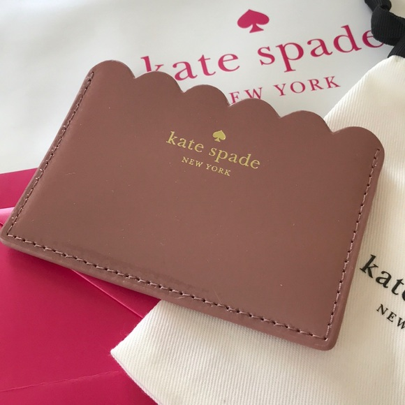 the latest 4bb11 30359 New Kate Spade scalloped Card Holder NWT